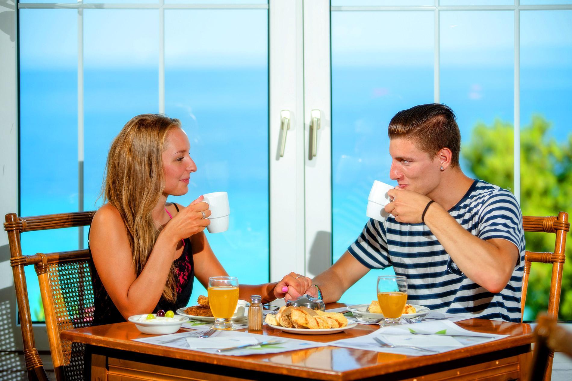 Alexander-Breakfast