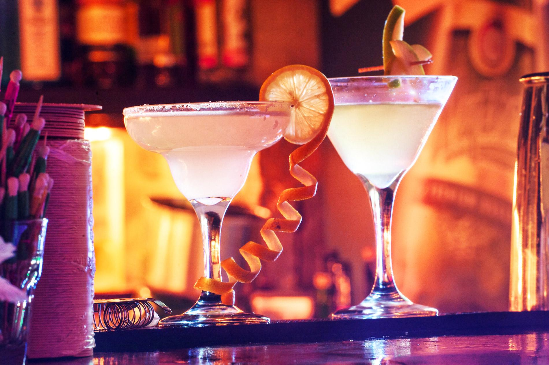 Alexander-Cocktails