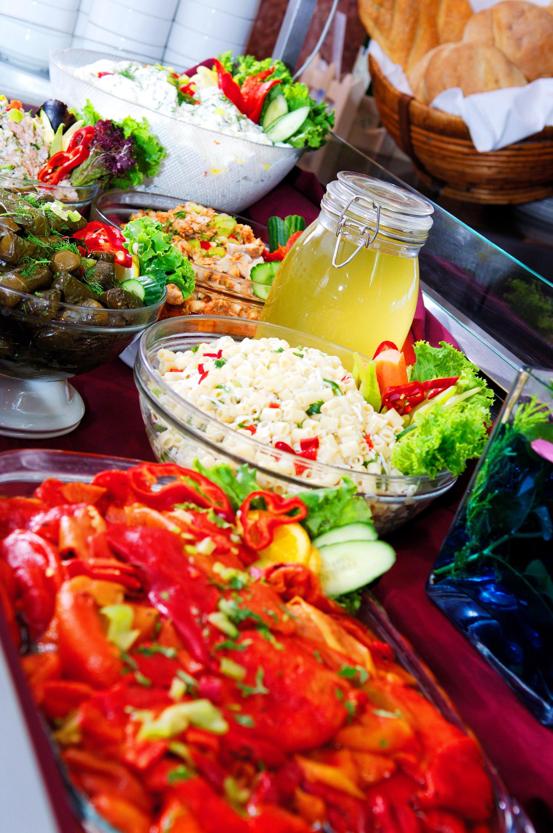 Alexander-Salad-Bar