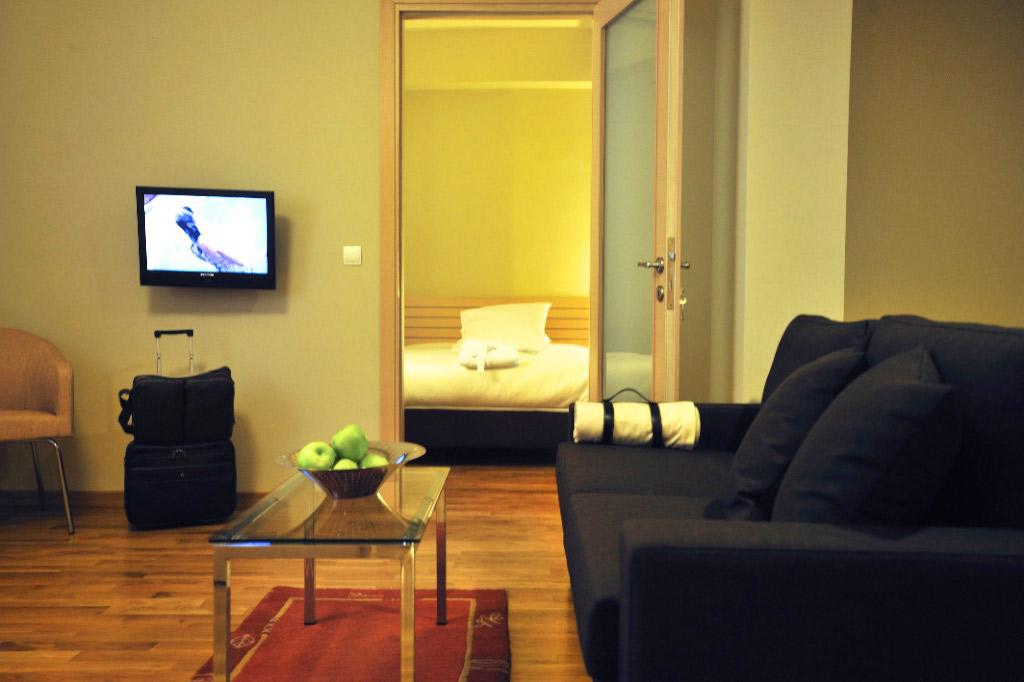 Astoria-Connecting-Room