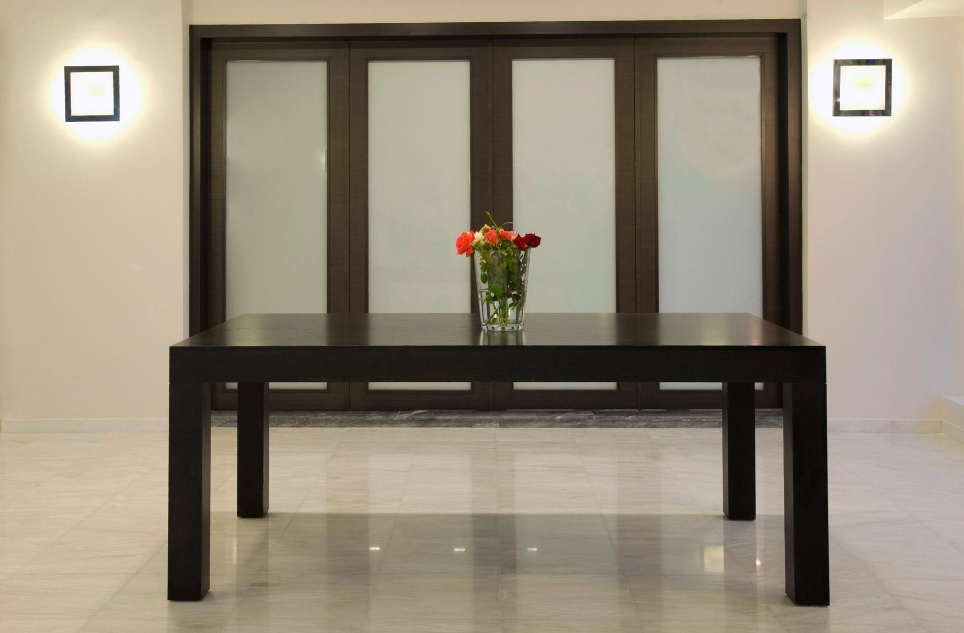 Astoria-Meeting-Room-Outside